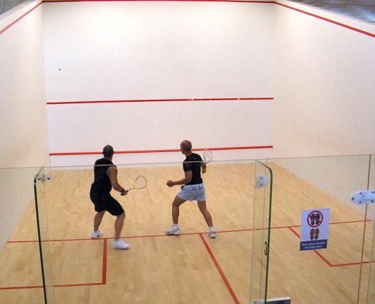 constuire un terrain de squash